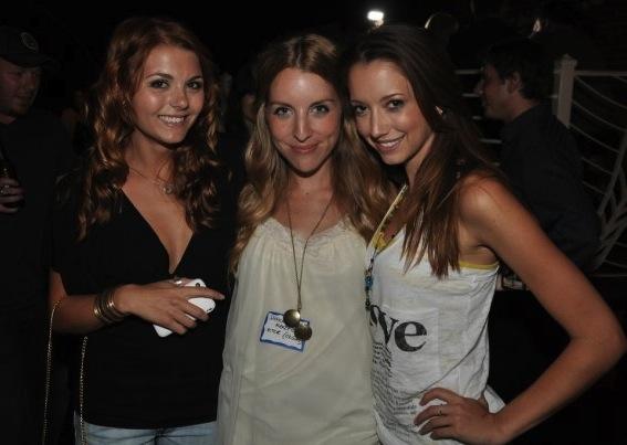 Jessica Rose, Shanrah Wakefield, Taryn Southern