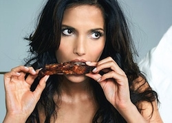 celebrities-eating-food-in-public