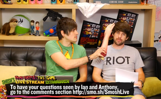 smosh-live-stream-food-battle-game