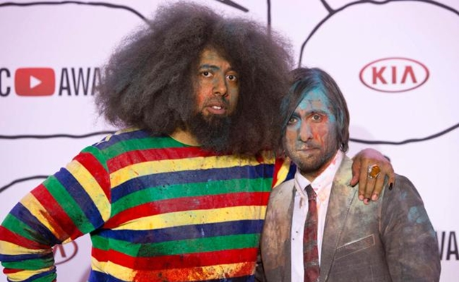 jason-schwartzman-reggie-watts-youtube-music-awards