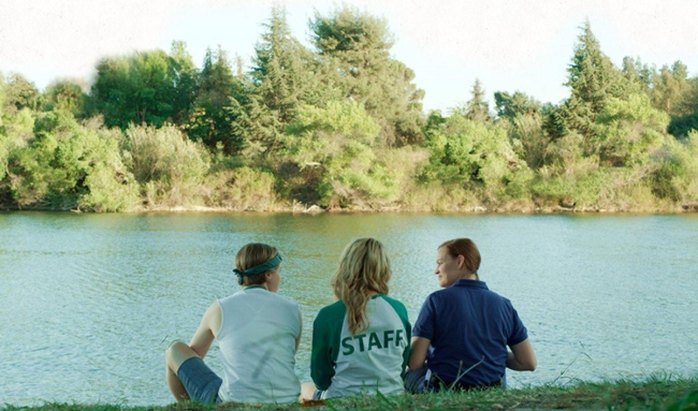Grace Helbig, Hannah Hart, Mamrie Hart Drop Trailer For 'Camp Takota'