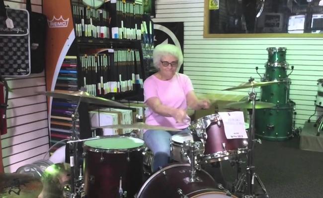 drumming-grandma