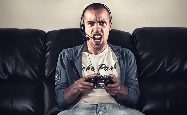 online-gamer-reckless-tortuga