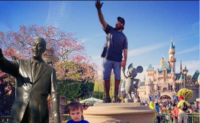shay-carl-disney