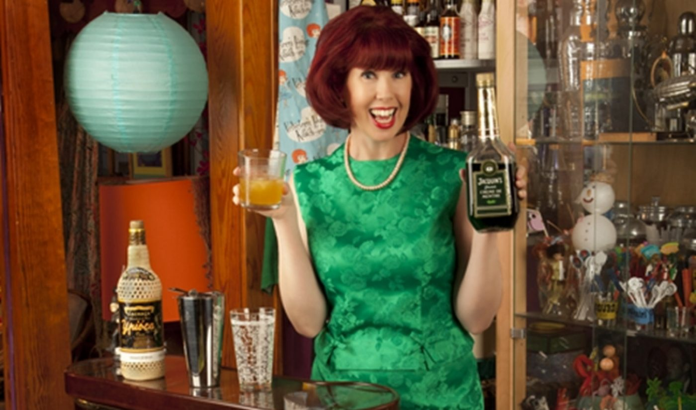 Indie Spotlight: In The 'Velveteen Lounge Kitsch-en', The 60s Live On