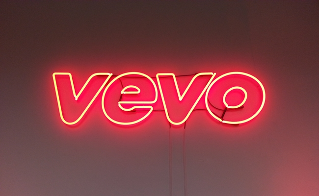 vevo-newfronts