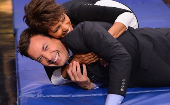 halle-berry-jimmy-fallon-roll