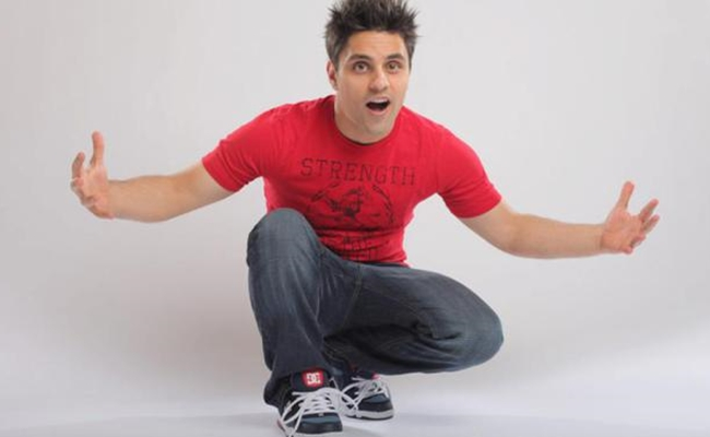ray-william-johnson-new-host