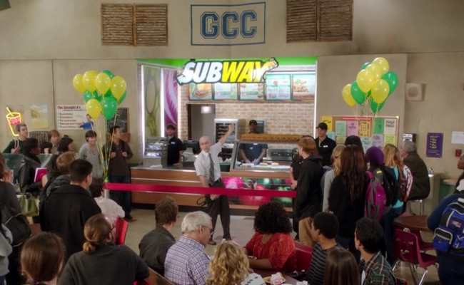 In Effort To Promote 'Community', Yahoo Hands Out Sandwiches
