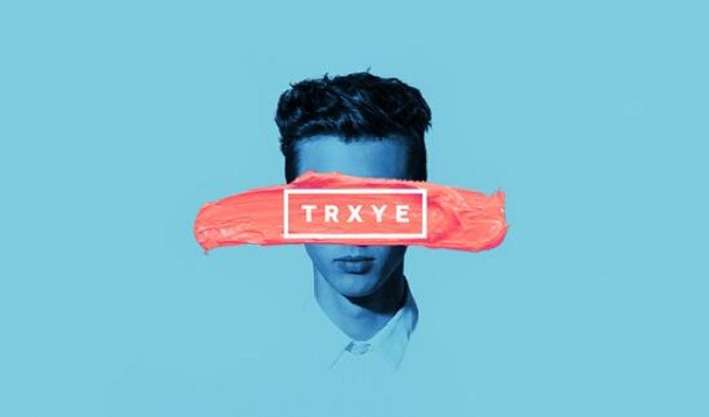 "Troye Sivan's Debut Single, ""Happy Little Pill"", Draws Buzz"