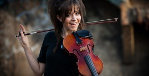 Lindsey Stirling Signs Deal With Maker Studios by Bree Brouwer of Tubefilter