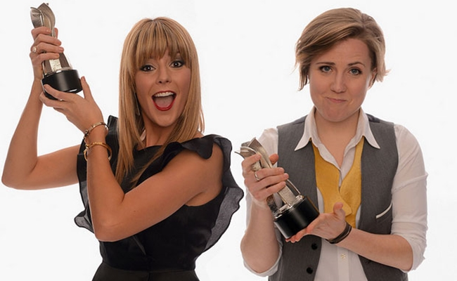 Grace Helbig, Hannah Hart To Host Streamys; Fan Voting Now Open