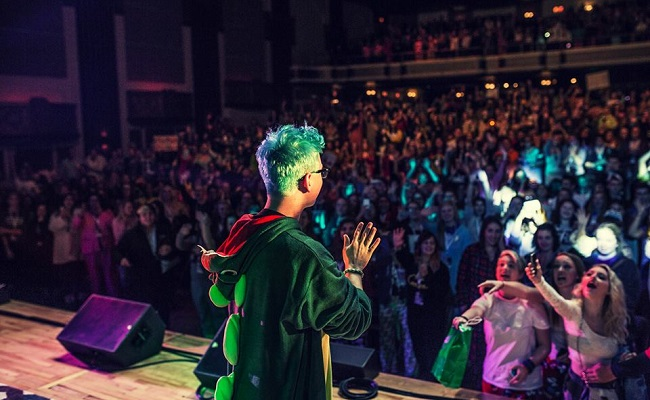 Tyler Oakley's Tour Sells Out, Expands To Seven More U.S. Cities by Bree Brouwer of Tubefilter