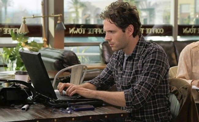 glenn-howerton-coffee-town