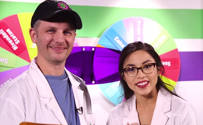 Geek-and-Sundry-Craft-Lab-Anna-Akana-Greg-Aronowitz