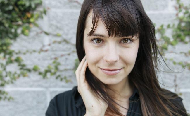 Veronica-Belmont-Game-of-Thrones-Facebook-Live-Stream