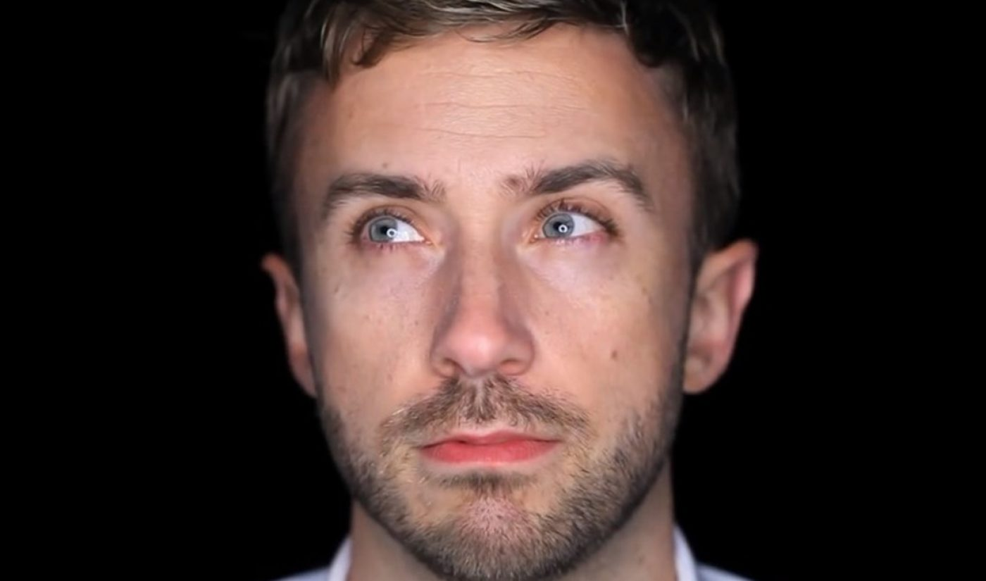 "YouTube Millionaires: Peter Hollens Succeeds With ""Hands On"" Approach"