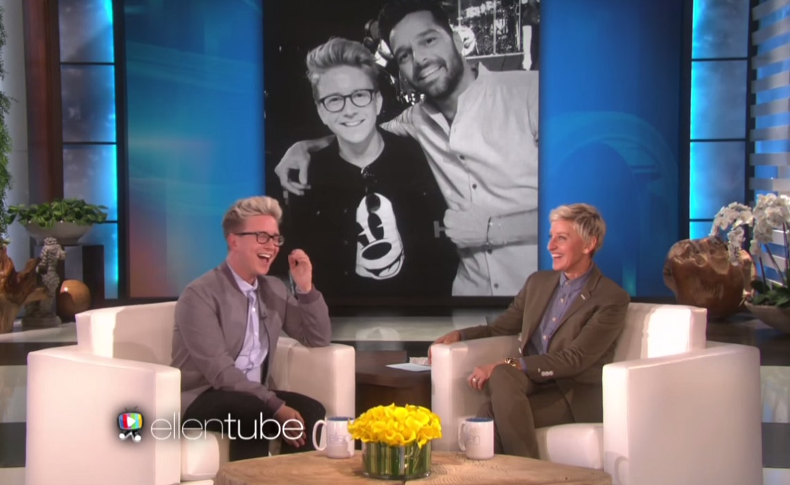 Tyler oakley visits 39 the ellen show 39 gets his own 39 ellen 39 video backdrop - Ellen show videos ...