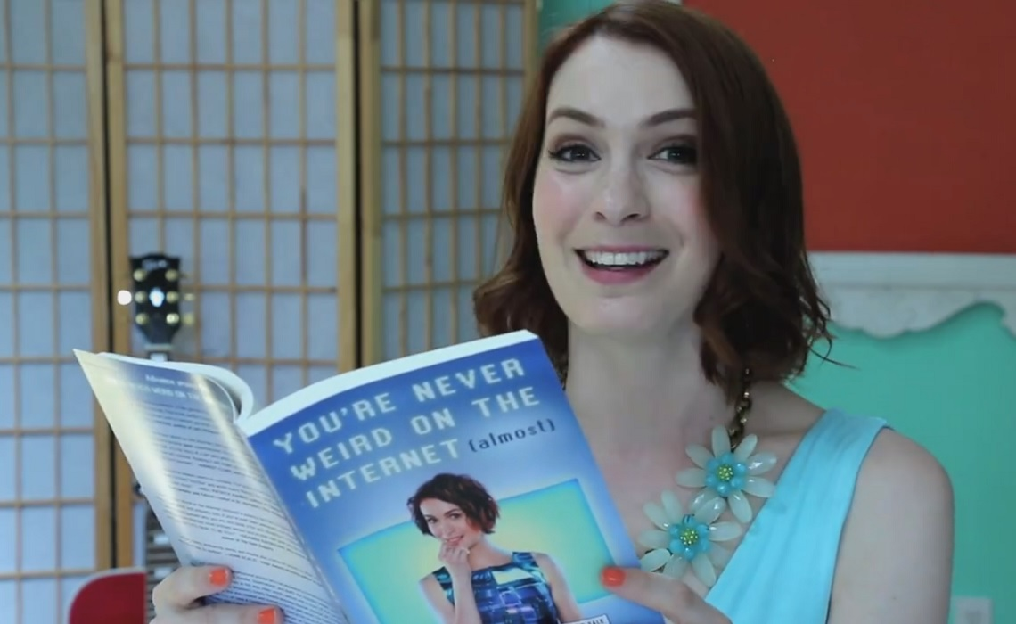 Felicia-Day-Facebook-Fan-Page-Book-Excerpt