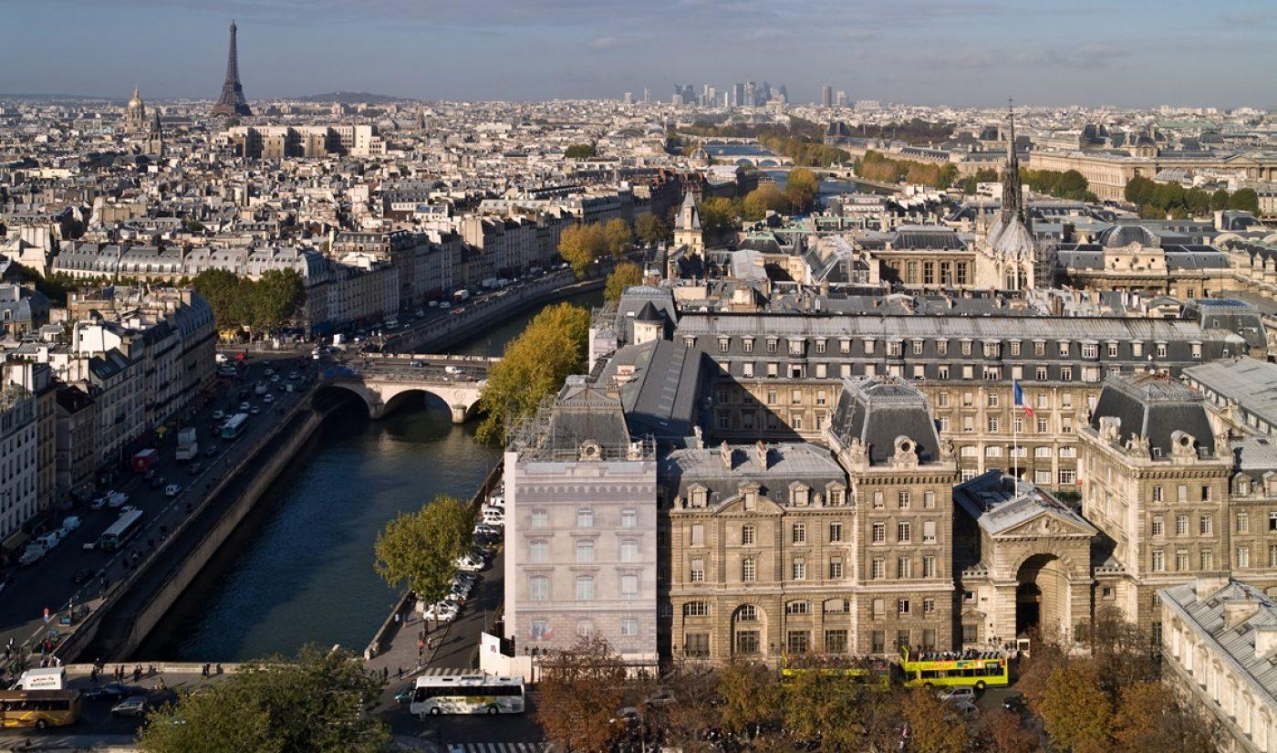 Bonjour! YouTube Space Comes To Paris
