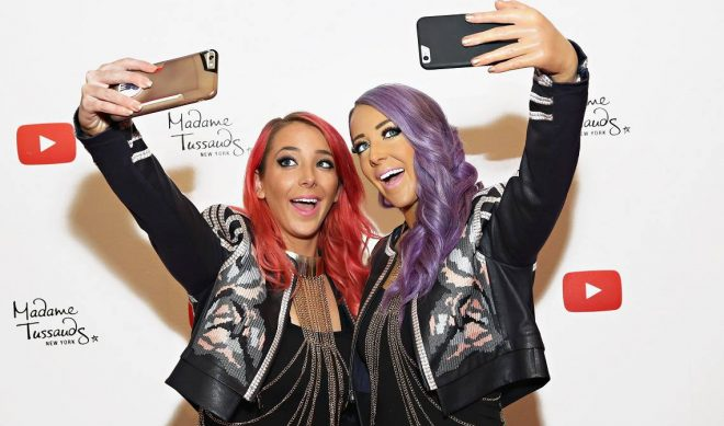 Madame Tussauds Debuts Jenna Marbles Wax Figure In NYC, Selfies Ensue