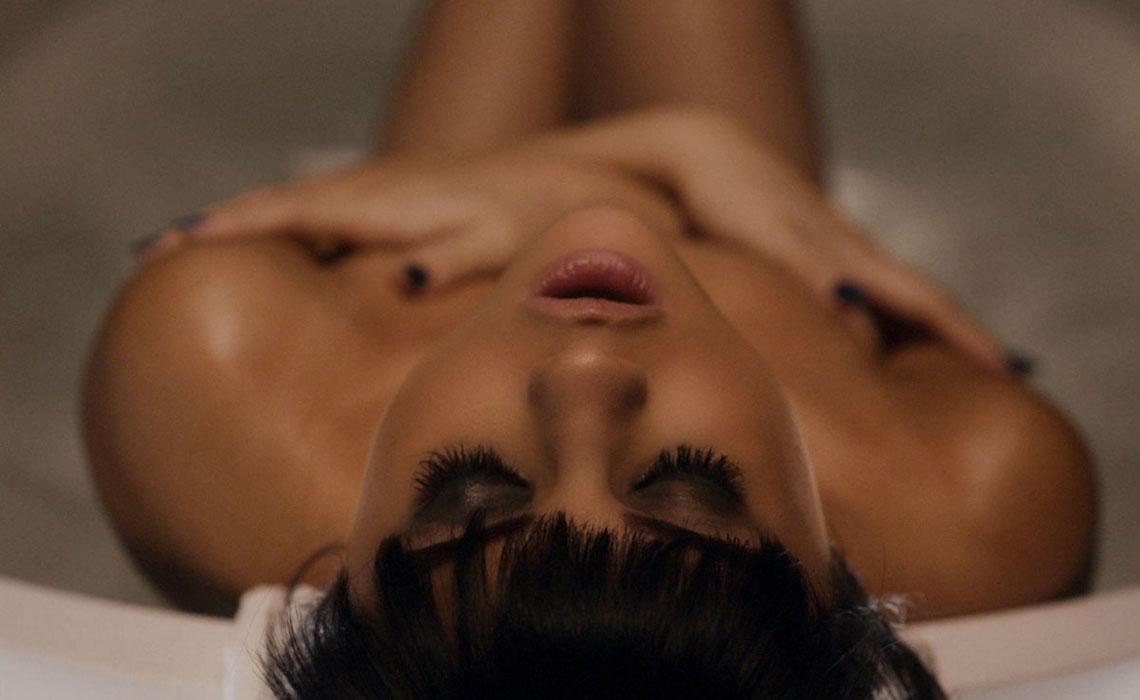 Selena-Gomez-YouTube-Views