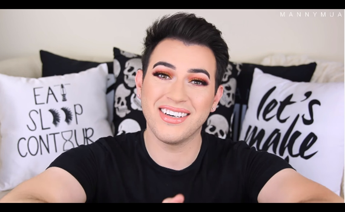 "88a523db4ff2ec YouTube Millionaires: Manny Mua Says ""It's Okay To Be A Boy And Wear Makeup"""