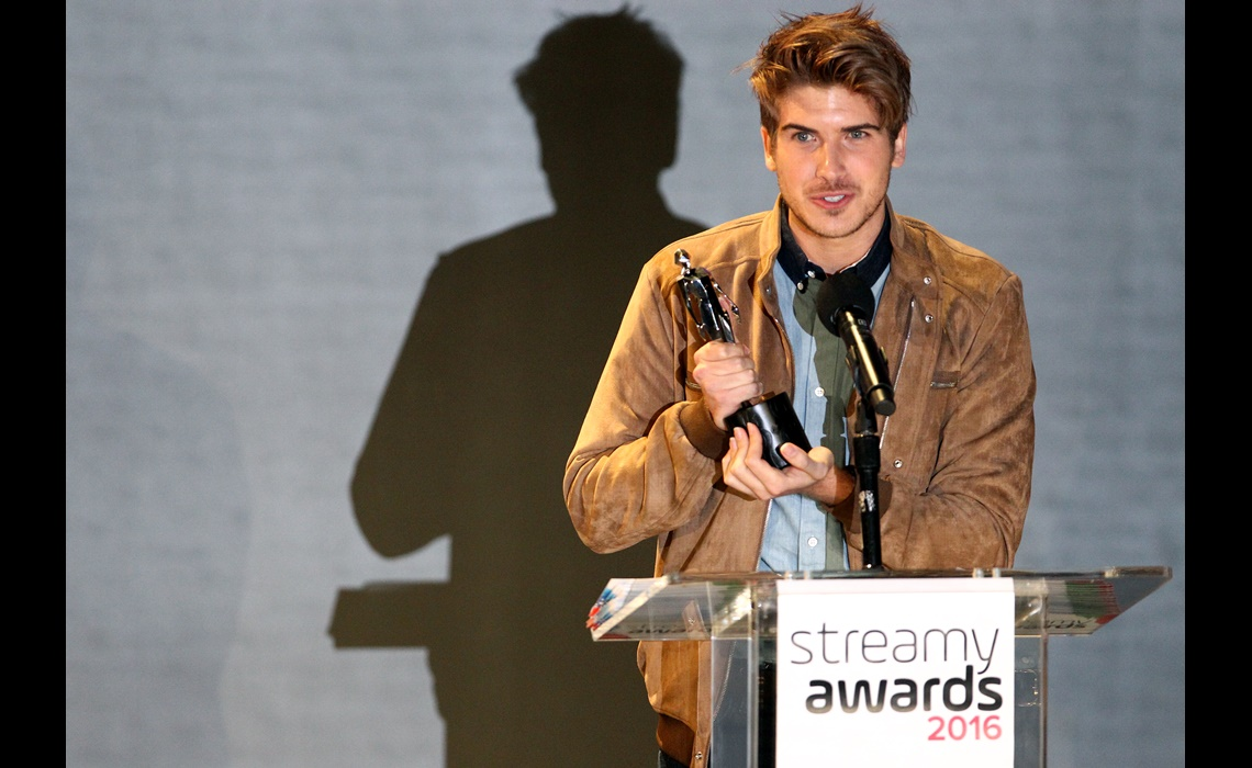 LOS ANGELES, CA - OCTOBER 01:  Joey Graceffa accepts a Streamy Award onstage at the official Streamy Awards nominee reception at YouTube Space LA on October 1, 2016 in Los Angeles, California.  (Photo by Tommaso Boddi/Getty Images for YouTube)