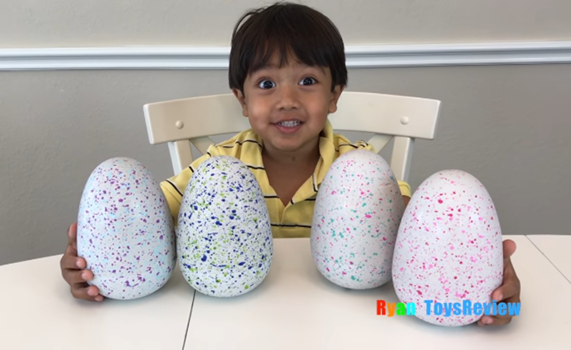 ryan-toys-review-hatchimals