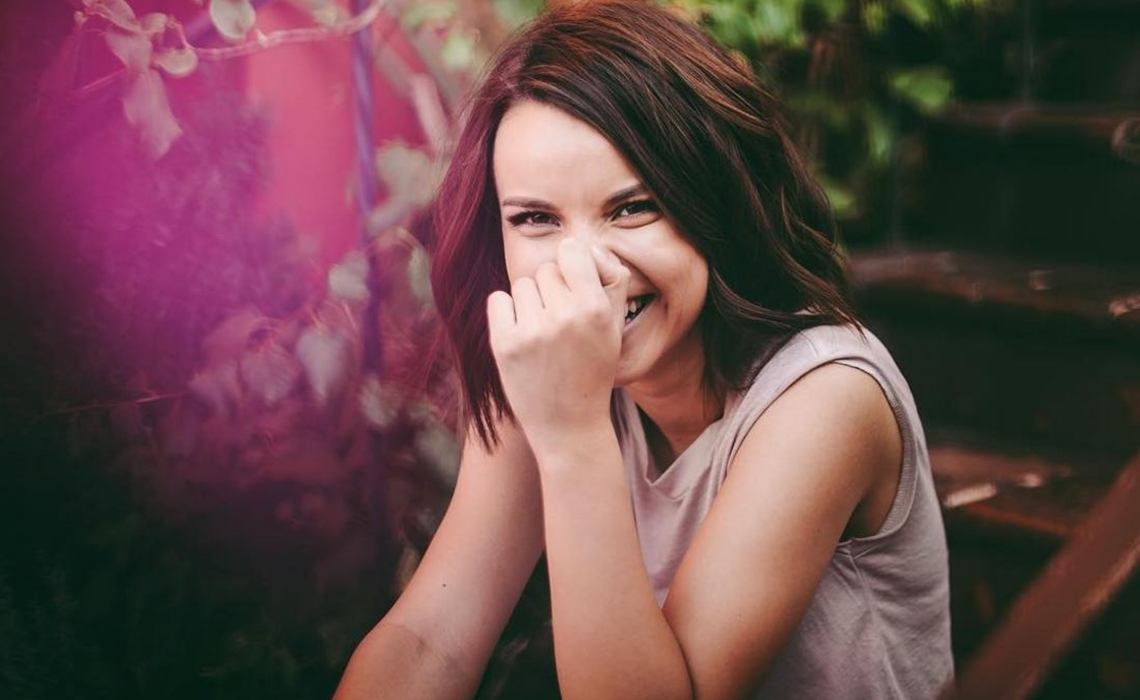 Ingrid Nilsen Named Face Of BareMinerals Makeup In Yearlong Deal - Tubefilter