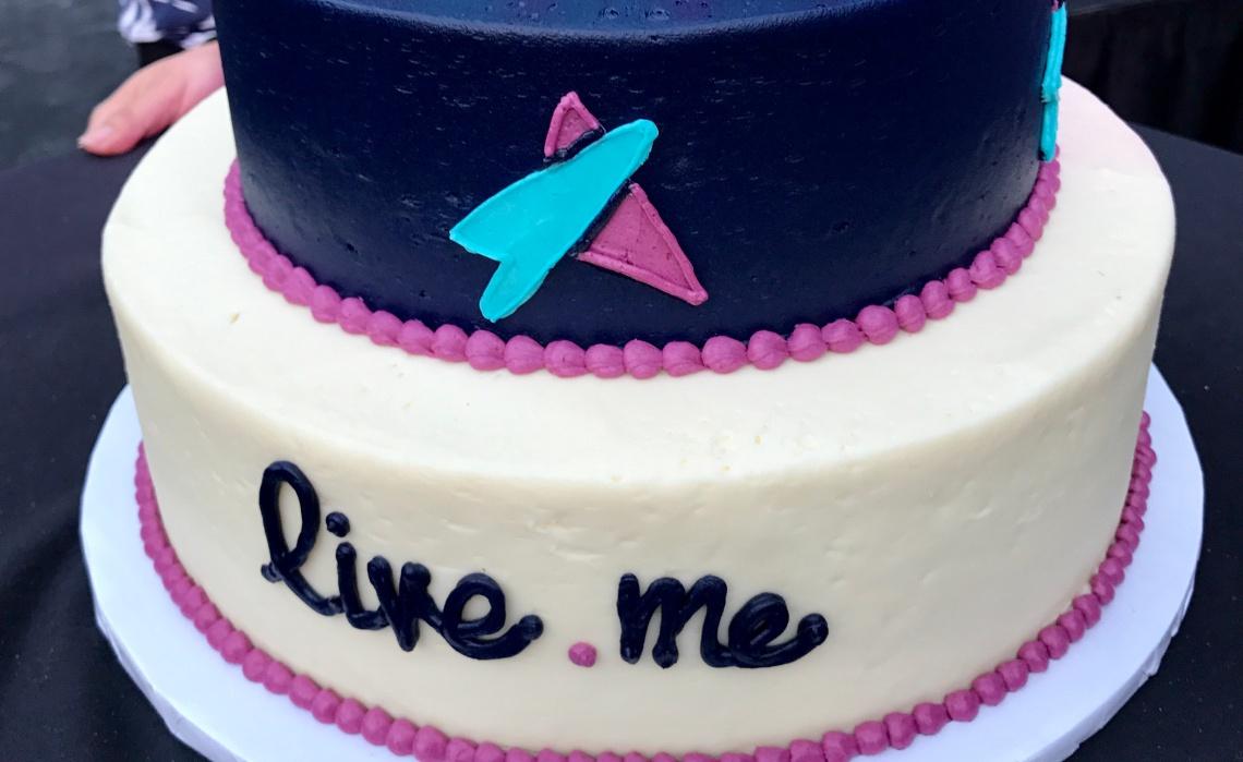 live-me-cake