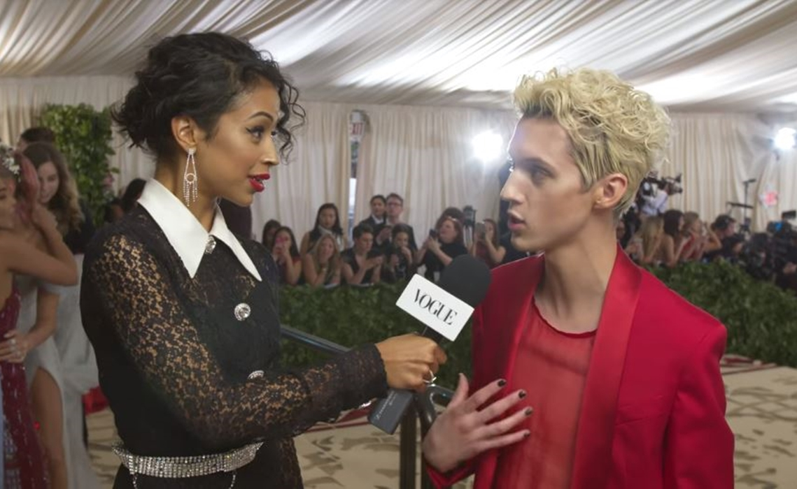 Digital Phenom Liza Koshy Hosts Met Gala Red Carpet Pre-Show For