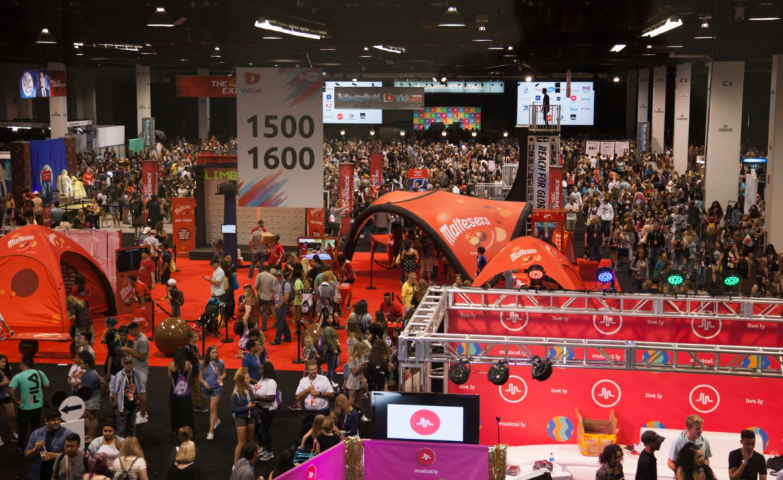 We'll Be Judging The Best Booths On The VidCon Expo Floor