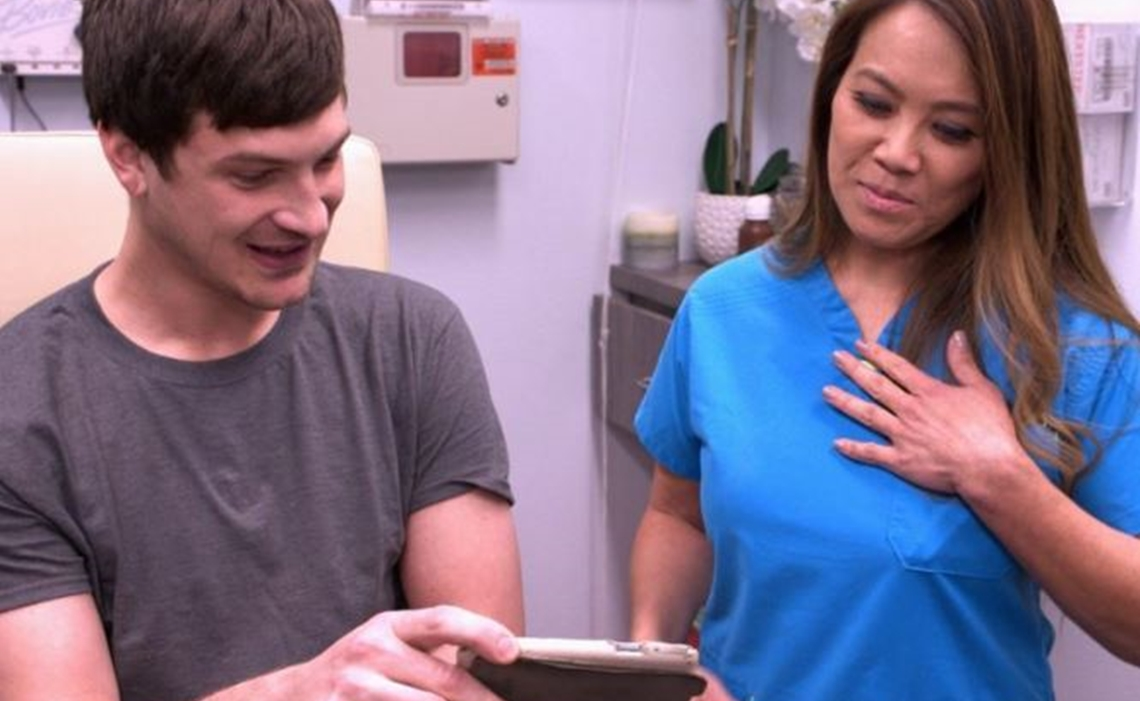 TLC Renews YouTube Phenom Dr  Pimple Popper's 'This Is Zit' For