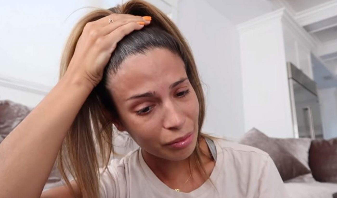 Laura Lee Apologizes For Racist Tweets Amid Loss Of 240,000 Subscribers In Roughly 1 Week