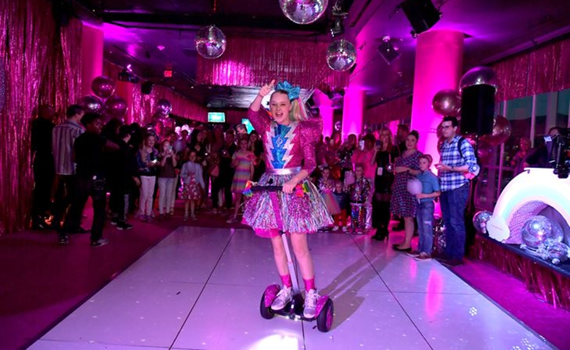 JoJo Siwa Fetes 16th Birthday With Manny MUA, Joey Graceffa -- And