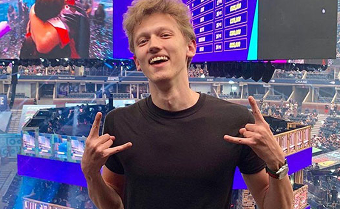 Met Fortnite Clan Creators Going Pro How 23 Year Old Formula Went From Esports Team Manager To Fortnite Maven Tubefilter