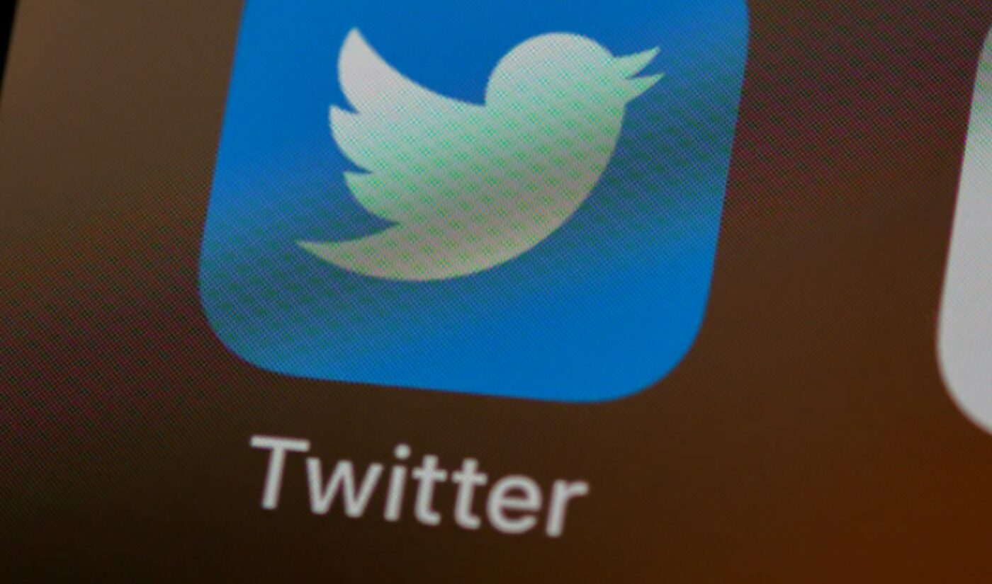 Twitter Testing Ability To Watch YouTube Videos Natively Within App