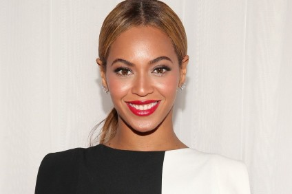 Beyoncé Signs Three Teen YouTube Artists For $1.5 Million In Contracts
